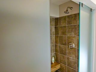 Chilmark house photo - Walk-in Rain Shower For 2 Has Etched Glass Privacy Walls