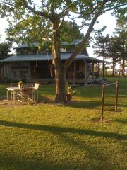 Breaux Bridge cottage photo - Springtime at Bonne Terre Cottage: LA Cajun Country Artists Retreat.