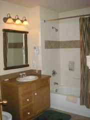 Copper Mountain condo photo - Guest Bathroom
