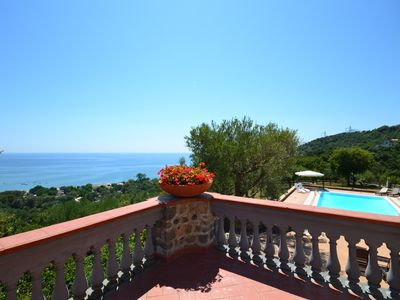 Sea view modern Italian style beach villa with swimming pool, garden and parking - Apartment with sea view terraces. Shared use of the swimming pool