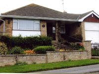 Five Star Three Bedroom Bungalow In The Village Of Rottingdean, Near Brighton