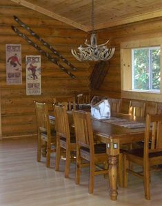 Dining Room - Great for entertaining