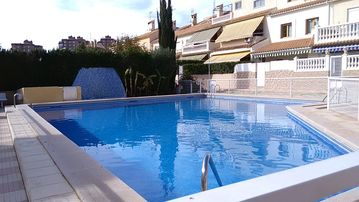 Lovely two bedroom holiday Duplex with communal pool and WIFI