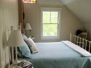 Harpswell cottage photo - Sunrise (queen bed) looks upon the water and affords amazing sunrise views.