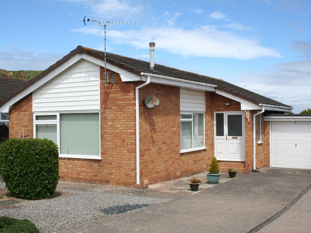 2 bedroom bungalow with fully enclosed homeaway llandudno for 2 bedroom bungalow