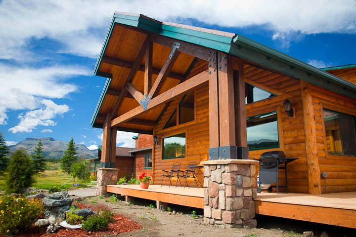Mountain Retreat with Spectacular Views of the Rocky Mountain Range