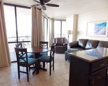 See Our Great Rates! Beautifully Furnished with Spectacular Ocean Views