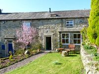 4 HILL TOP FOLD, character holiday cottage in Grassington, Ref 11918