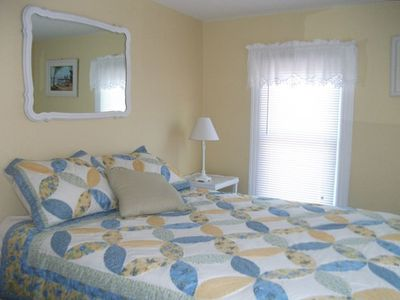 Yellow Bedroom, queen size bed
