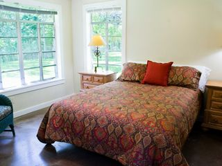 Wimberley property rental photo - 2nd bedroom with a queen bed