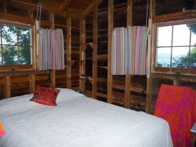 Lake Dunmore cabin rental - Queen bedroom