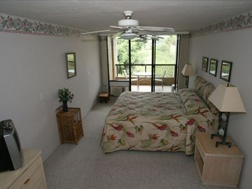 Large Master Bedroom with Enclosed Bathroom