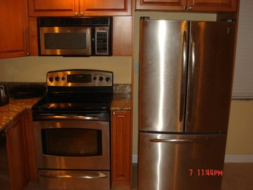 New stainless steel GE Monogram appliances (including dishwasher, not pictured)
