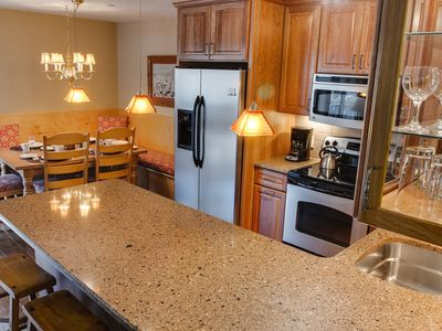 Top-Quality 2 BR/2 BA Condo in the Heart of Vail Village