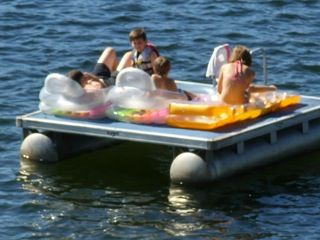Paw Paw cottage photo - Family fun on the raft!
