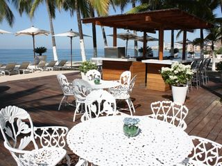 Puerto Vallarta condo photo - OCEANFRONT BAR, ENTIRE MENU SERVED ON BEACH, POOLSIDE OR IN MY CONDO