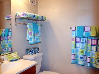Galveston condo photo - Bathroom with towels.