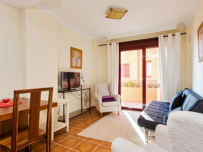 A one-bedroom apartment  in the heights of Puerto Banus for 4 people