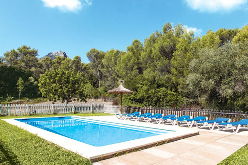 Can Vich Modern Villa With Pool Conveniently Close To
