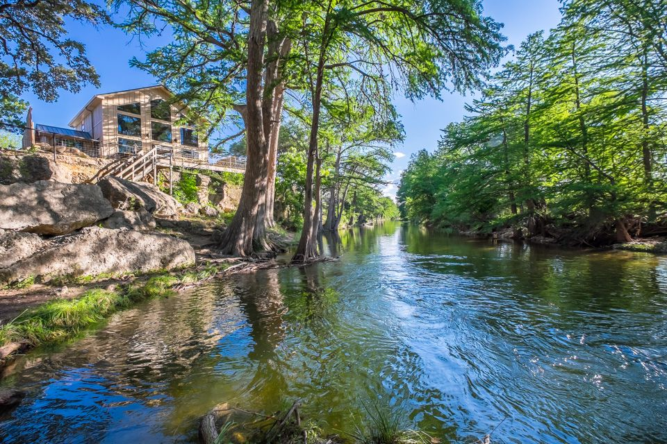 Frio River Cabins A Texas Family Resort Vrbo