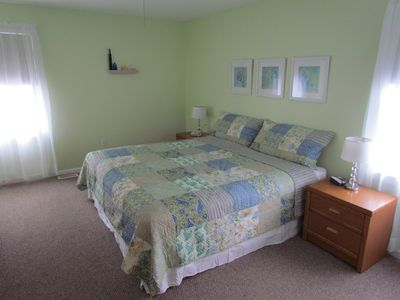 Wildwood condo rental - Master bedroom with king sized bed