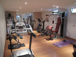 Benahavis villa photo - fully equipped gym