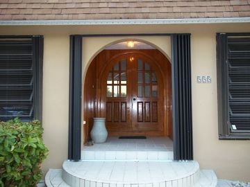 Marathon house rental - Front Entrance