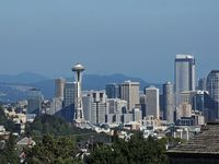 Beautiful Seattle Home/amazing Views/10 Min To Downtown Seattle