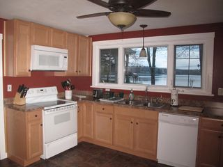 Penn Lake cottage photo - Newly Renovated Kitchen