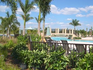 North Naples condo photo - Lake Lodge Pool