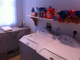 Washer/Dryer with Laundry detergents and beach towels available to all guests