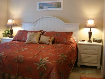 master bedroom has king size bed, private bath, flat screen tv/dvd