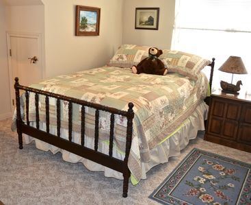 Bastrop cottage rental - Double bed in the loft