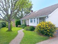 KEYHAVEN, with hot tub in Lymington, Ref 13820