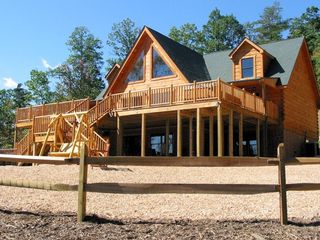 Absolute Perfect Escape #1 Shenandoah Valley log home View 2 of front