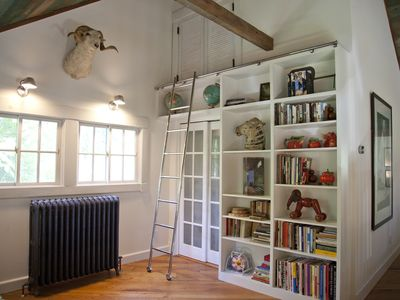 Shelter Island barn rental - The library.