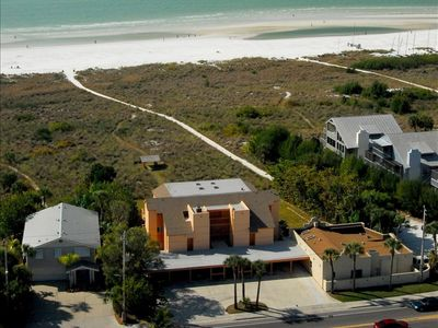 Best view and location on Siesta Key--walk to village!!