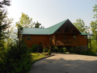 The Gatlinburg Lodge at SmokyMountainViews.com