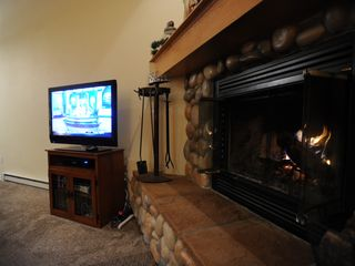 Big Sky chalet photo - Wood burning fireplace