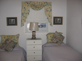 Manahawkin house photo - Bedroom 1
