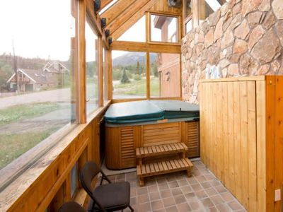 Big Hot Tub Atrium - The advantages of inside, without being too hot! and steamy