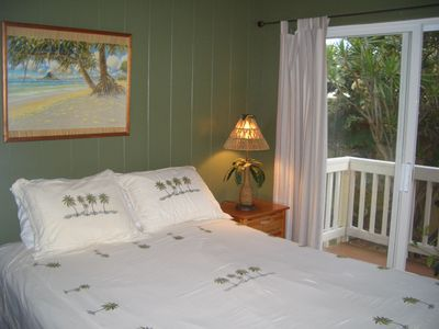 Laie house rental - Second and Third Bedrooms with Queen Beds