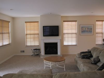 GREAT ROOM w/ fireplace and plasma TV