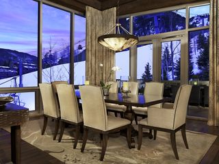 Aspen condo photo - Dining area with seating for 6-8 guests