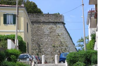 Small accommodation near the castle of San Giusto