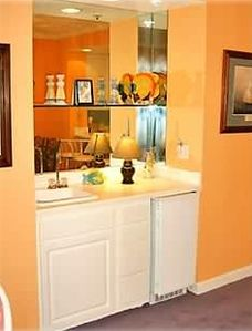 Wet Bar with Party Ice, Condo Rental Orange Beach Alabama Gulf Shores Alabama