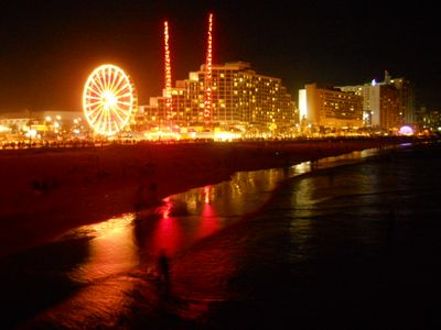 Daytona Beach house rental - Daytona Boardwalk at Night