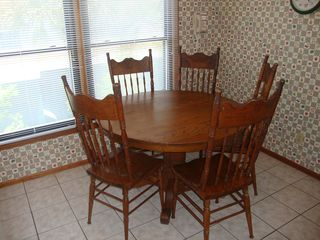 Isle of Palms house photo - Kitchen table and chairs