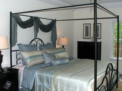 Swannanoa villa rental - Master bedroom with king bed