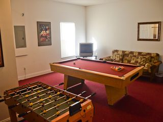 Lake Berkley villa photo - Fully air-conditioned games room